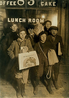 220px-february_23rd_1908_boys_selling_newspapers_on_brooklyn_bridge